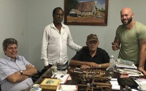 EDUARDO JACINTO ARSENIO Y AITOR EN CASA FERNANDEZ