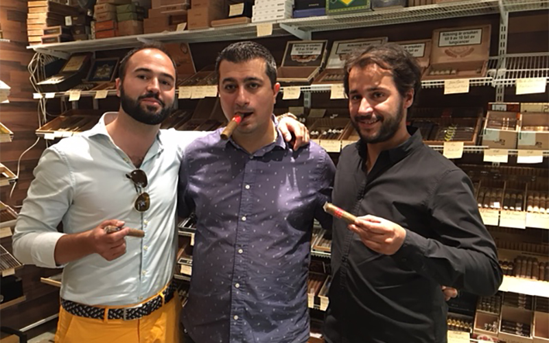 From left to right, Srecko Pavicevic, Gothenburg tobacconist and David Gonzalez.